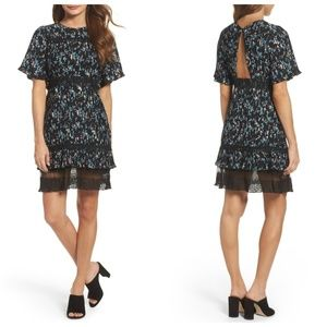 Chelsea28 Black Floral Keyhole Pleated Lace Dress